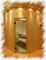 sauna s venkovním osvětlením